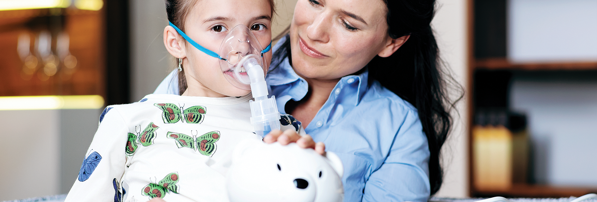 Effective inhalation with compressor nebuliser by Microlife.