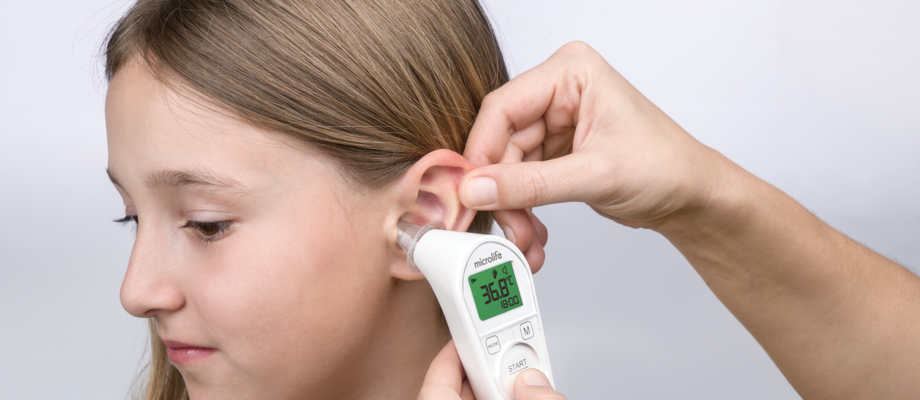 The Microlife IR 210 is a infrared ear thermometer designed for measuring body, object and ambient temperature in only 1 second.